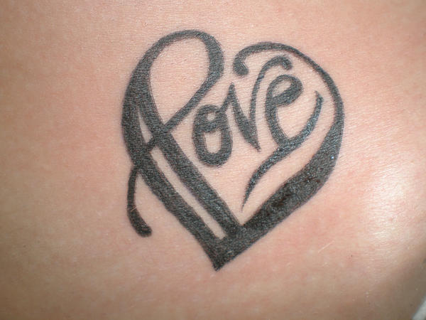 Heart Tattoos For Girls On Hand